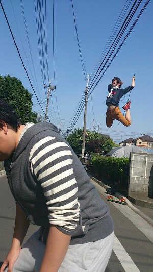1x1.trans 2013オリコン年間コミック『進撃の巨人』 大進撃!ごっこ、パロディが熱い!!