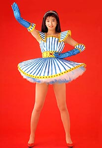まさに美魔女!アラフォーアイドル森高千里、40代の美脚とその魅力は