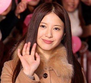 吉高由里子の性格は本当に悪いのか、しゃべくり007出演の結果、賛否両論