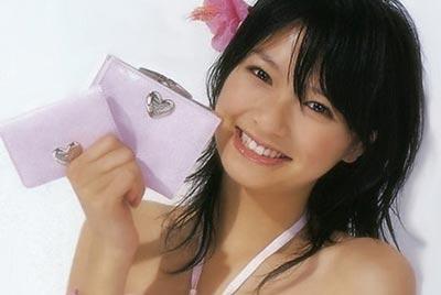 喫煙画像もある榮倉奈々、喫煙している女優のストレスを探ってみた