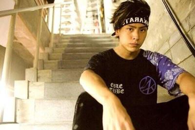 山下健二郎の好きなタイプはmiwaかラブリか検証、神戸出身の彼女は誰?