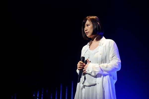 絢香の病気、YOSHIKIも患ったバセドウ病とは?現在は妊娠出産も!