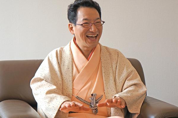 春風亭昇太はバツイチで吉田羊と結婚?『笑点』の司会後任の理由は?