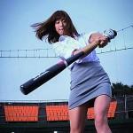 稲村亜美、画像と動画で始球式やCMの神スイング&ピッチングをまとめ